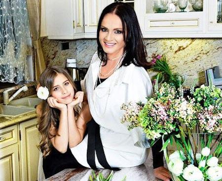 София Ротару с внучкой Соней