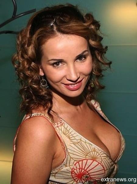 Секс символ российского шоу бизнеса, известная телеведущая Анфиса.