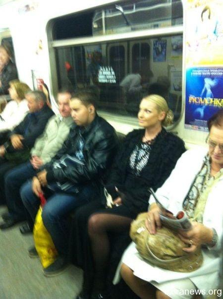Анастасия Волочкова в метро