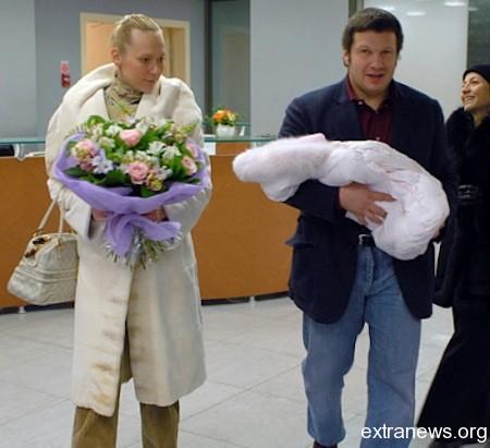 Владимир Соловьев с супругой