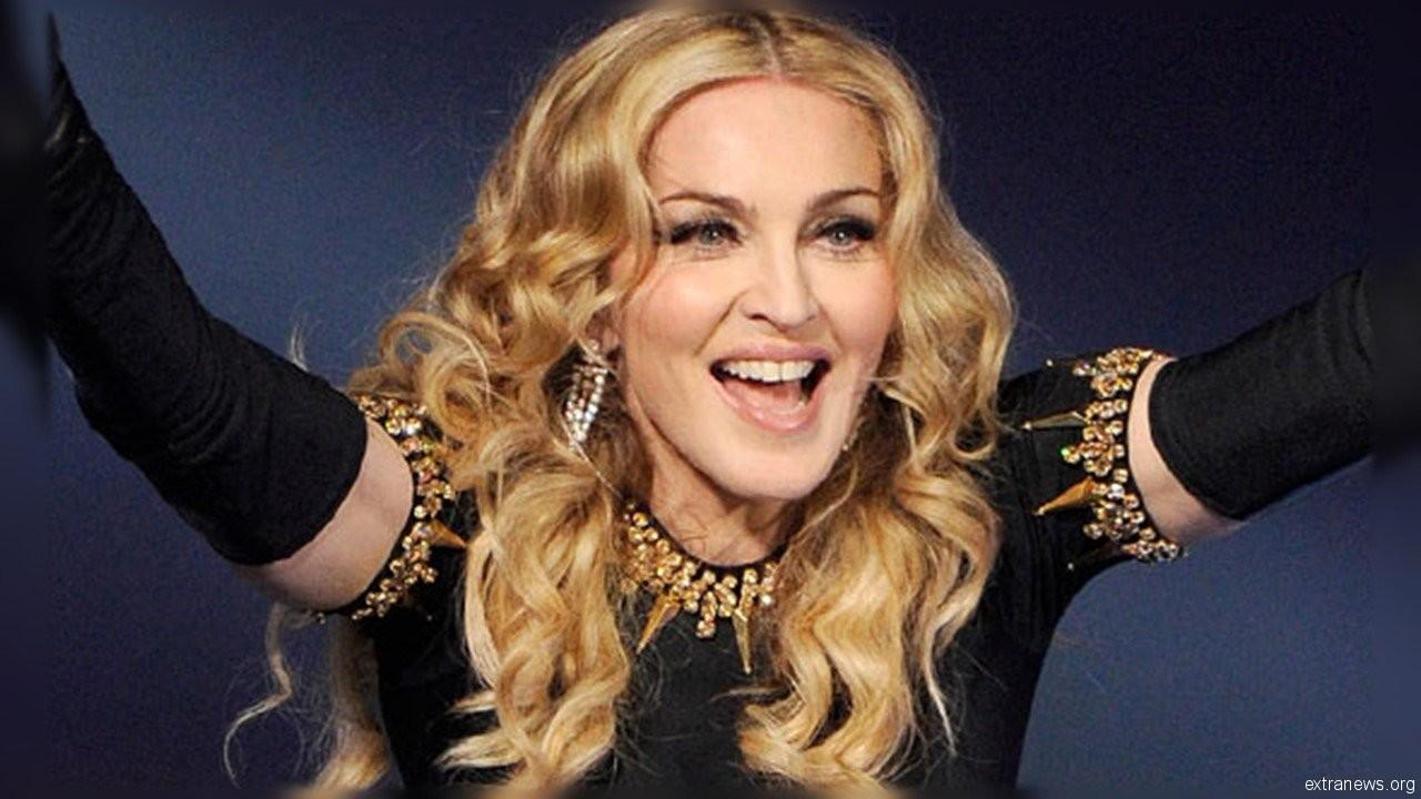 Американская поп-королева Мадонна предложила экс-супругу Шону Пенну вновь пожениться, но за деньги