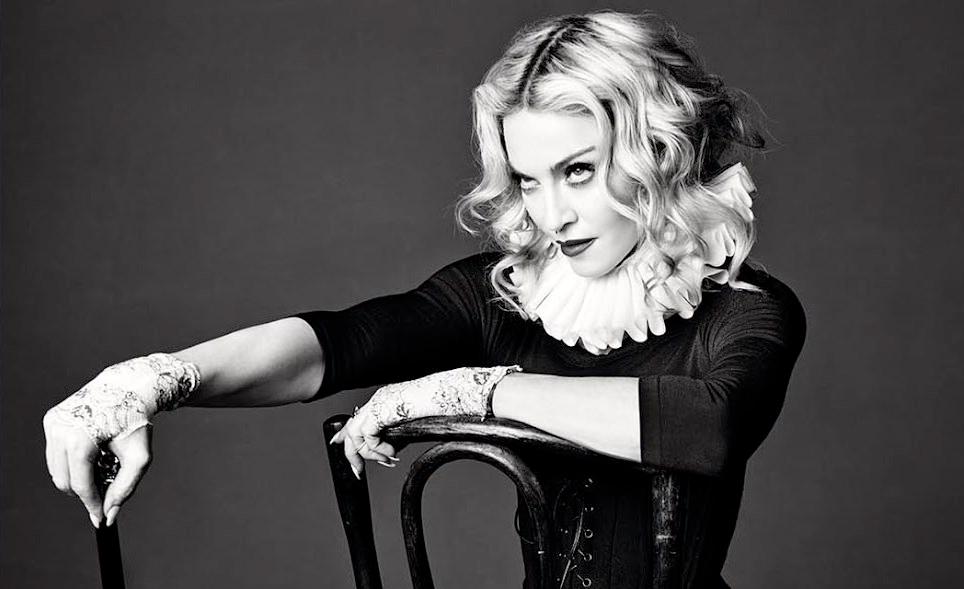 Из-за перфекционизма Своенравная певица Мадонна перенесла гастрольный тур